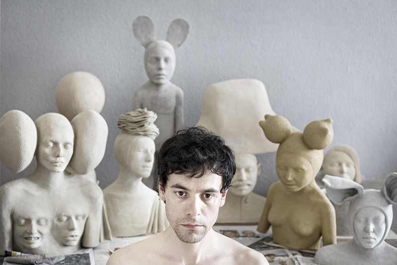 Galleri Heike Arndt DK Berlin - Ivan Prieto - together with his sculpture